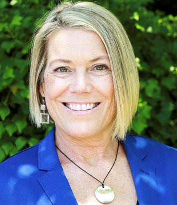 Dr Lisa Thoms - Prosthodontist